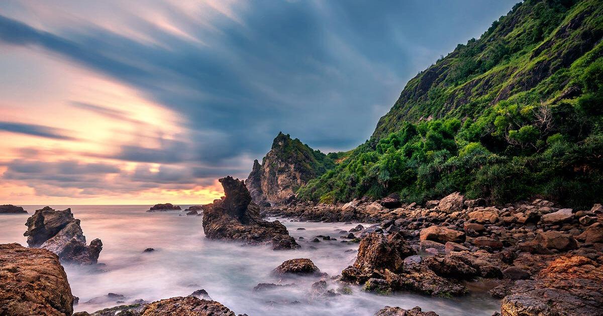 Lokasi Pantai Watu lumbung